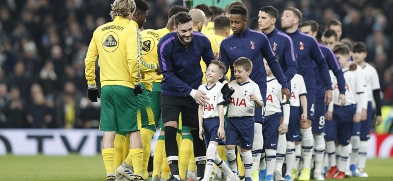 Nagy üzlet az angol focicsapatoknál a gyerekek vonultatása