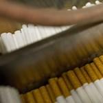 Kaliforniában is tilos már 21 éven alattiaknak cigit eladni