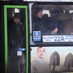 Nem engedtek a buszokon hirdetni egy meleg társkeresőt