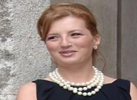 Ötéves börtönbüntetésre ítélték Traian Basescu volt román elnök lányát