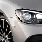 A Mercedes szupermodern lágyhibrid benzinmotorját is kinyírta a CO2-kvóta
