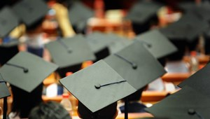 Ingyen diplomát ígér az ellenzéki párt