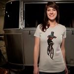 A nap pólója: Fekete lovag kétkeréken