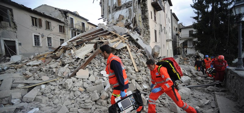 Földrengés volt Olaszországban, másodpercekig mozgott a föld Rómában is – fotók, videók