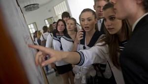 Rosszul járnak a 2005 előtt érettségizettek - nem ér emelt szintet a nyelvvizsga