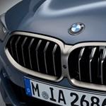 20 év után visszatért: itt az új 8-as BMW, és igazi erőgép lett
