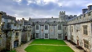 Ilyen a trónörökösök iskolája, ahol még Harry Potter is tanult egy kicsit