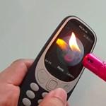 Visszatért a legenda, megcsinálták az új Nokia 3310 strapatesztjét –videó