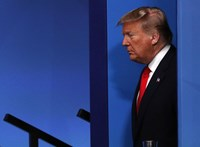 A republikánusok frakcióvezetője szerint Trumpot nem lehet elmozdítani