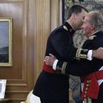 Fotó: már javában zajlik az új spanyol uralkodó beiktatása