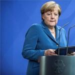 Merkel nem akar változtatni a menekültpolitikáján
