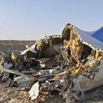 Repülőgép-baleset, földrengés, tüntetés a hét képein