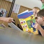 Minden tankönyvcsomag hibás egy általános iskolai osztályban