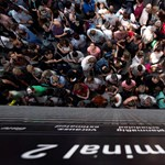 Fellélegezhet, ha Budapestről szokott repülni: felszerelnek két új ellenőrző kaput