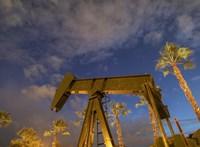 Az olajnagyhatalmak meghosszabbítják válságintézkedésüket
