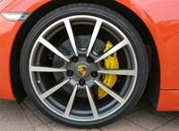 A Porsche, amire BMW-logót tettek