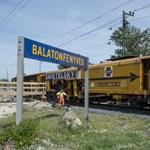 Gyorsan kaszálna tízmilliárdokat vasútfelújítással? A receptet Mészáros Lőrinctől lesheti el