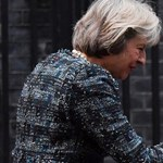 Élőben közvetítik a nemzetállam csődjét, míg az Európai Unió köszöni, megvan