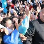 Putyin Moszkvában puhíthatja Kim Dzsong Unt