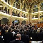 A Die Zeit elmondja, miért aggasztó az új alkotmány