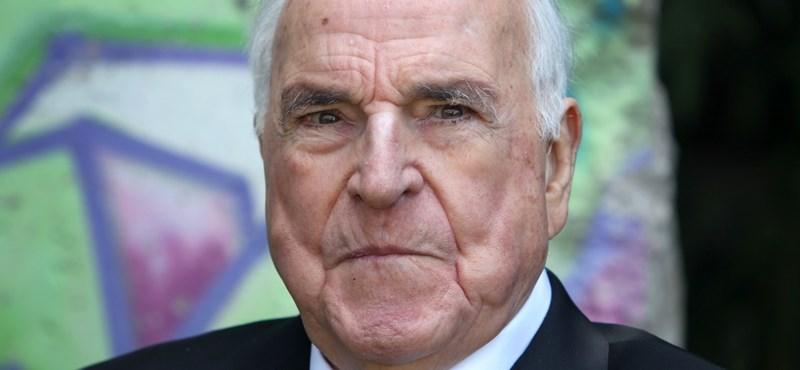 Elhunyt Helmut Kohl