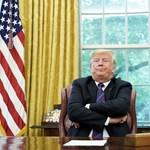 Trump finom fenyegetést küldött az Apple-nek