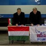 Orbán fizet, csak ne sztrájkoljanak Gaskóék - galéria