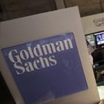 Sztriptízbárban kvaterkáztak a bankárok