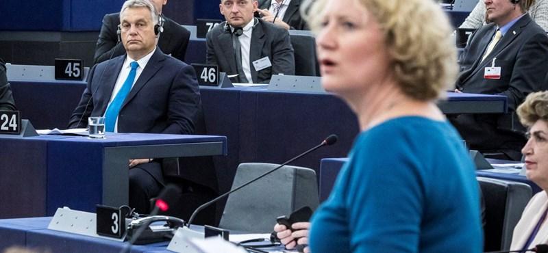 Kétharmaddal szavazta meg az EP a Sargentini-jelentést