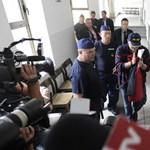 Lagzi Lajcsit állítólagos gyújtogatás miatt kérdezték ki a rendőrök