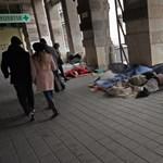 Így segíthet a fagyban az utcán élőkön