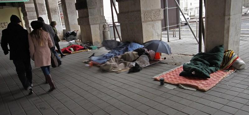 30 hajléktalan fagyott halálra tavaly télen