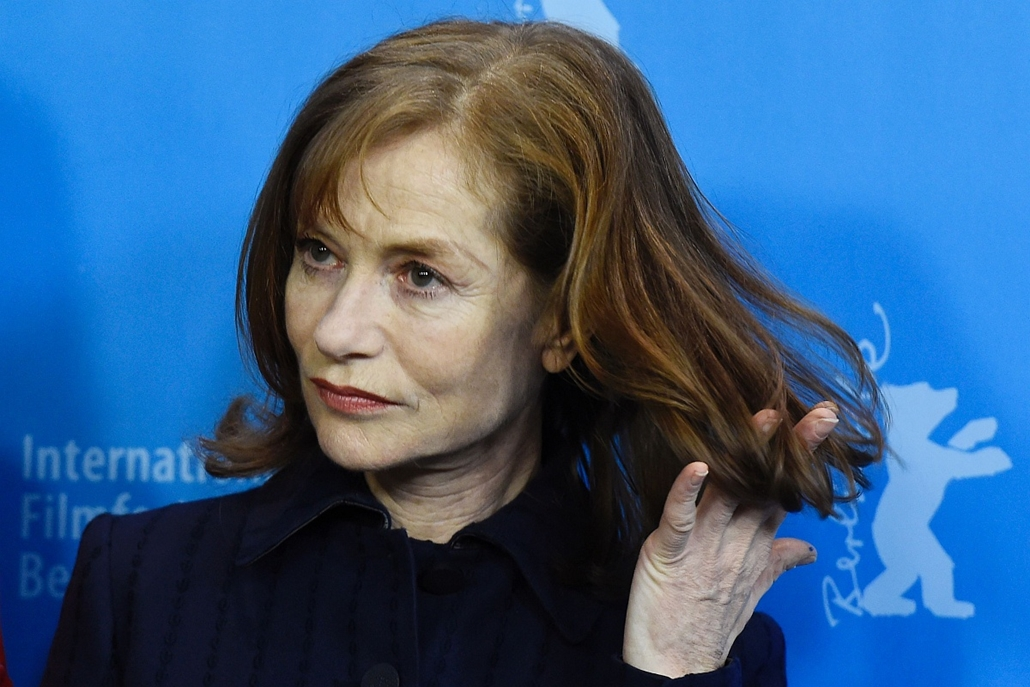 afp. 66. Berlini Nemzetközi Filmfesztiválon, Berlinale 2016 - French actress Isabelle Huppert poses during a photo call for the film L'Avenir (Things to Come) in competition at the 66th Berlinale Film Festival in Berlin on February 13, 2016.