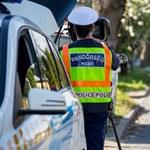 Több rejtett eszközzel ellenőriznék a közlekedőket a rendőrök