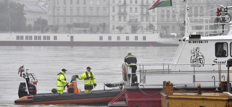 Jutalomútra vitte szüleit a hajóbaleset áldozata