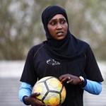 Tovább dőlnek a tabuk az arab világban, itt az első női edző