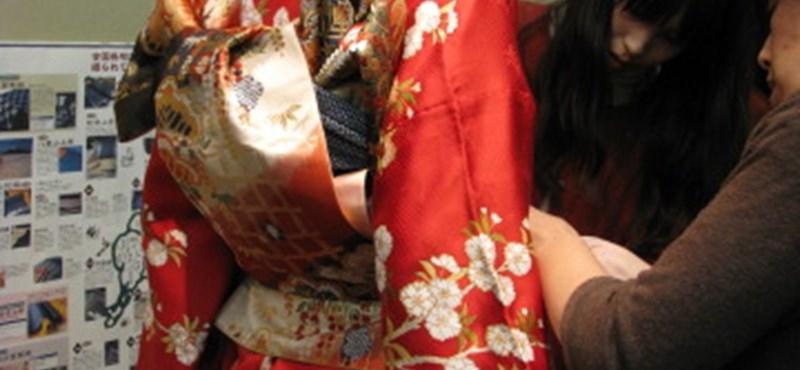 Kulisszatitkok - A kimonó