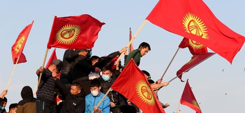 Lemondott a kirgiz kormányfő