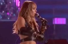 Így énekli a Led Zeppelin és a Pink Floyd slágereit Miley Cyrus