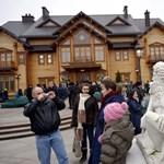 Az EU meghosszabbította a volt oroszbarát ukrán vezetők elleni szankciókat