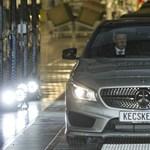 Egy 17 éves fiú miatt állították le újra a Mercedes-gyárat