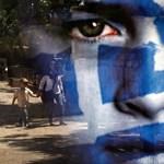 Júliusig megállhat a saját lábán Görögország