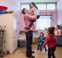 Egy bajba került család és a kis öregek életképei érdemelték ki az idei Hemző Károly-díjat
