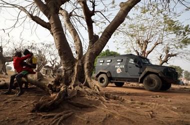 Elrabolt nigériai iskolások: 27 fiút szabadon engedtek, 317 lányról még mindig semmi hír