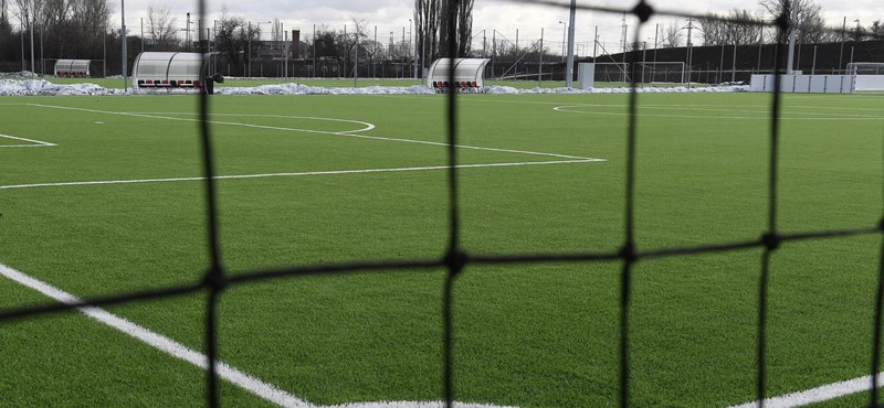 Meccs közben összeesett, majd meghalt egy 14 éves focista fiú Szlovákiában