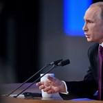 Putyin: A Nyugat ki akarja tömni az orosz medvét