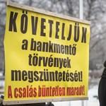 Jogtalanul tiltották meg, hogy Orbán háza elé vonuljanak a devizahitelesek