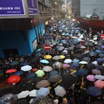 Hivatalos, hogy visszavonják a hongkongi tüntetéssorozatot kiváltó törvényt