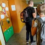 Újabb tüntetést szerveznek az SZFE előtt, szeptember 20-ig bedőlhet az oktatás - a nap hírei
