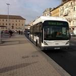 Fotó: Megérkezett az első dijoni gázbusz Budapestre